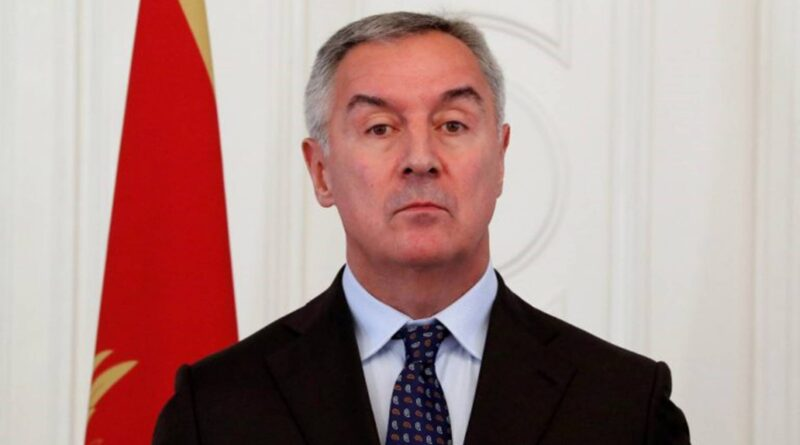 Milo Đukanović: Porfirije da doprinese prevazilaženju raskola u Crnoj Gori