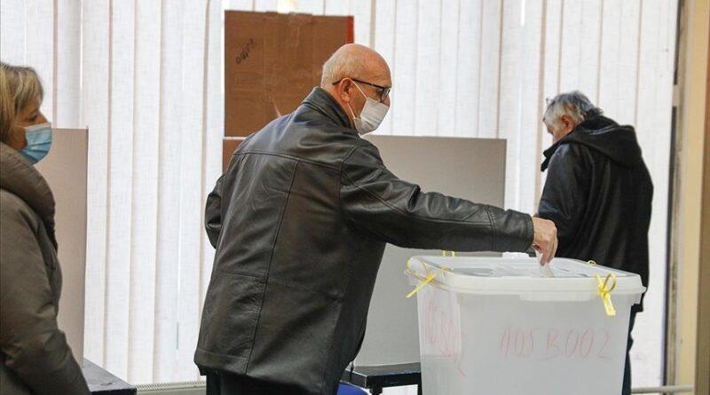 U Doboju pobijedio Boris Jerinić, u Srebrenici Mladen Grujičić